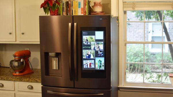 Review Living With Samsung S Family Hub Smart Fridge